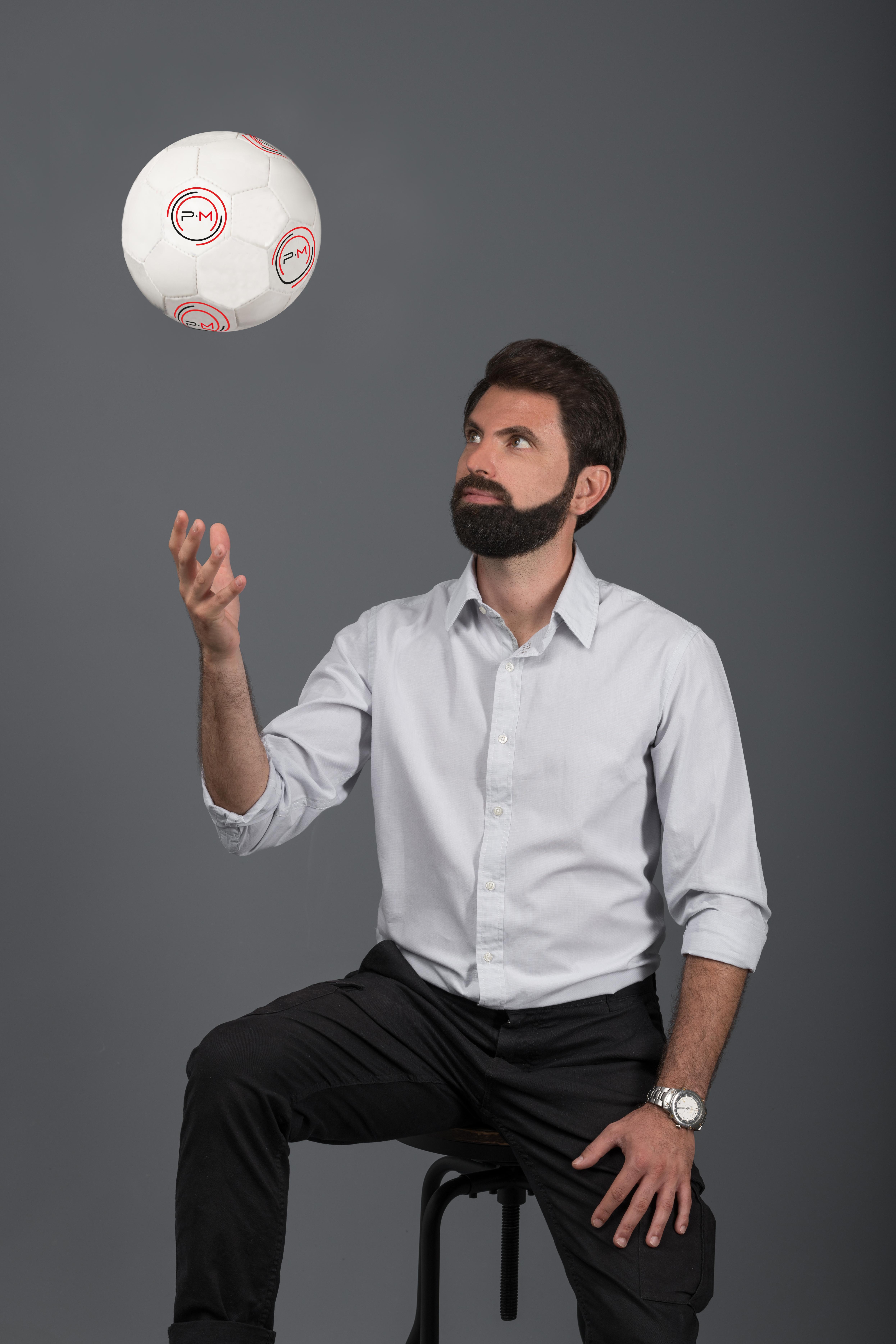 Guido con pallone